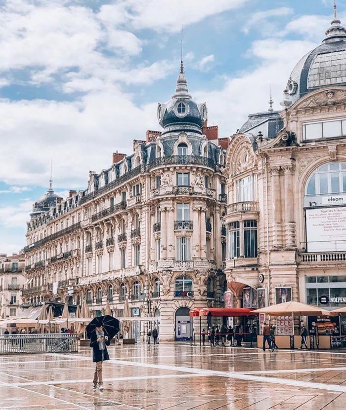 Montpellier, place de la Comédie, sud de la….jpeg