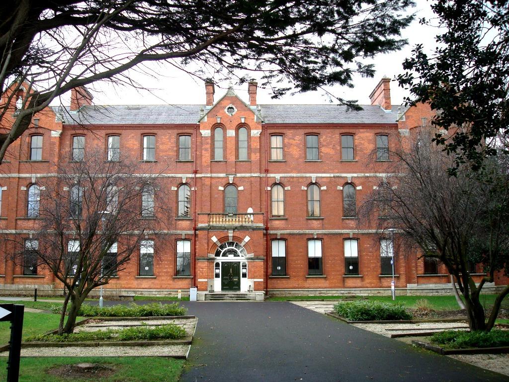 Dublin-jovenes-escuela